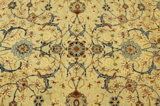 Fine Persian carpet, Kashan 4.80 x 3.08 OVERSIZE, pistachio green, genuine hand-knotted oriental carpet, GREAT CONDITION