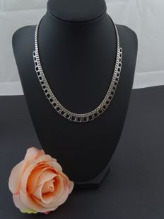 Silver necklace, 925 kt, 42 cm.