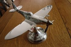 Top of the line aluminium wartime model airplane SPITFIRE.