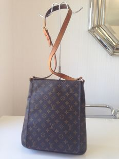 Louis Vuitton – Salsa bag