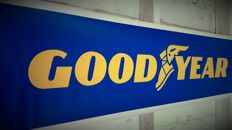 Good Year - large banner used on the first Oldtimer expo Haarlemmermeer in 2011. For your garage, shop or office - 120 x 34 cm