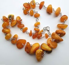 Vintage natural Baltic amber necklace, butterscotch, 32.5 g - no reserve price