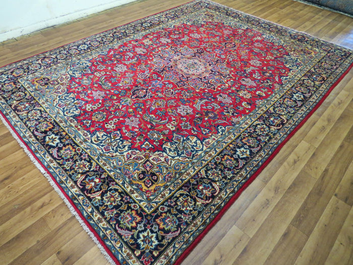 Beautiful Persian carpet, Isfahan/Iran, 364 x 268 cm, end of the 20th century Mint condition ***top clean*** oriental carpet