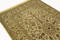 Fine Persian carpet Kashan 2.90 x 1.95 cream hand-knotted, high quality, new wool oriental carpet GREAT CONDITION