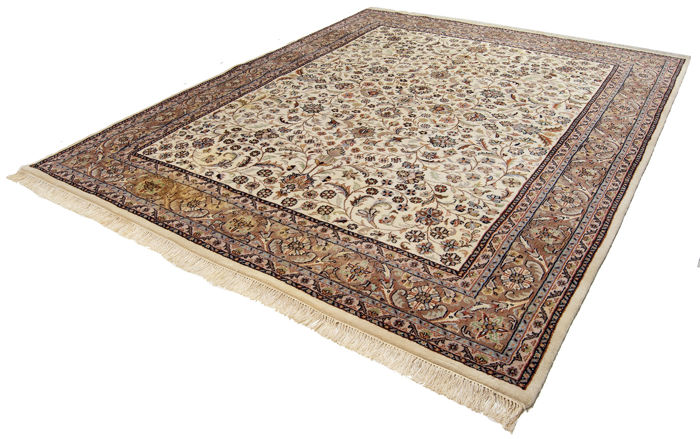Authentic and original Indian rug – Size: 305 x 250 cm – With certificate of authenticity from an official expert – (Galleria Farah 1970)