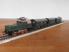 Primex H0 - 3002/4000/4003 - E-locomotive BR E-63 with 2 carriages and 1 luggage carriage