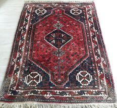 Beautiful Hand-knotted Persian - Shiraz 163cm x 120cm No reserve Price! Great deal!