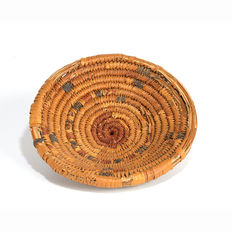 An Egyptian Woven Reed Basket- 12 cm