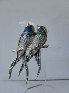 Perched swallows - vintage american brooch