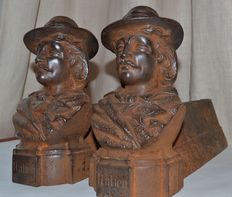 Pair of andirons for fireplace in cast iron, France, 1880