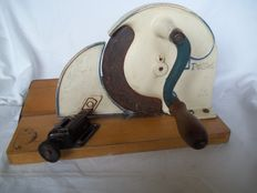 Very old Pe.De. bread slicer - cast iron and wood