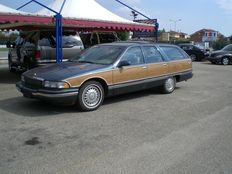 Buick - Roadmaster Camioneta Familiar Limitada 5.7 V8 - 1996
