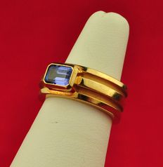 Tiffany & Co. - Superb 1995 made Amethyst 18K/750 Yellow Gold Luxury Ring - Current E.U Size 50/51 *re-sizable