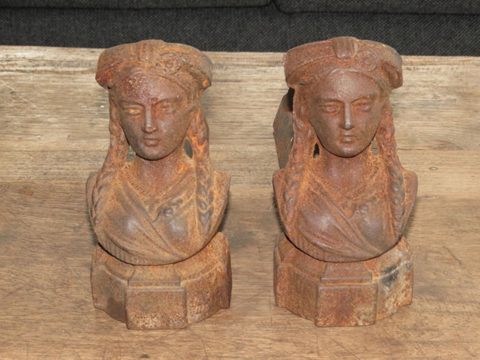 Figurative andirons - France - early 20th century - cast iron