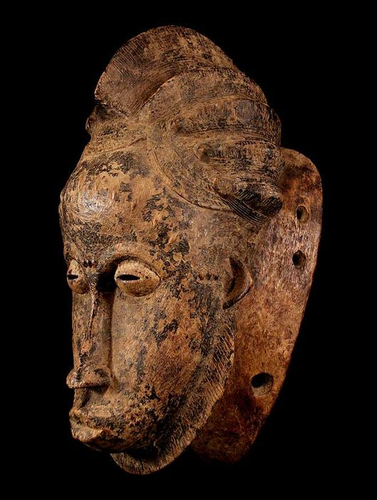 Fine tribal BAULE - Maiden - Mask from the Ivory Coast