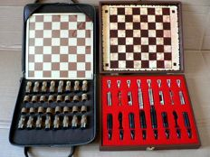 2 vintage chess games