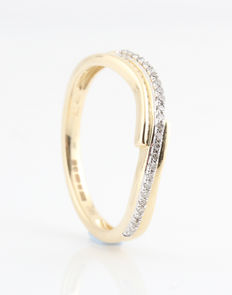 14 kt white and yellow gold diamond ring, 0.09 ct / G-H – VS1-SI1 / ring size 54