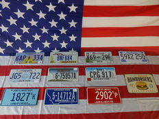 Nice set of 10 American license plates - 6AP334 - JG5722 - 1827TK - BNF684 - 675957A - 514712A - V6929F - CPG917 - 2902TP - 59X2250
