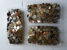World - 9 kg of coins