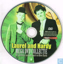 DVD / Video / Blu-ray - DVD - Laurel and Hardy - Mega DVD Collectie 4