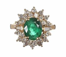 14k yellow gold ring 3.38ct luminous emerald and 0.60ct vvs1 to vvs2 diamond's.