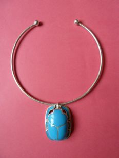 Necklace and beetle pendant  in 800/1000 silver.  Necklace measurements:  13 cm in diameter