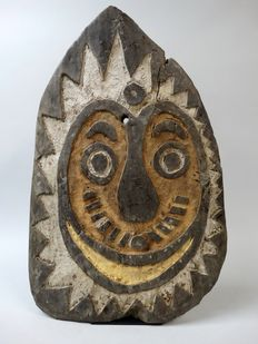 Spirit board - April River - Upper Sepik - Papua New Guinea