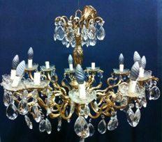 Large sized brass and crystal glass 12-light chandelier - Italy, 20th century