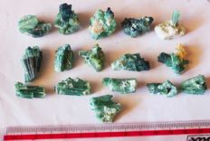 Beautiful Blueish Green Tourmaline Crystals Clusters - 370 carats (16)