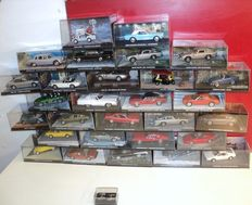 James Bond - Scale 1/43 - Lot with 29James Bond models and booklets