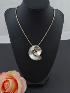 Silver, 925 kt necklace with a pendant – 41.5 cm