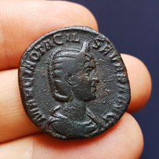 Roman Empire - Otacilia Severa (244-249 AD) – Bronze Sestertius (16,49 gr., 28 mm.) with Concordia on R/ - Rome Mint, struck 246-247 AD