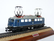 Märklin H0 - 3039 - Electric locomotive BR 110 of the DB, blue edition