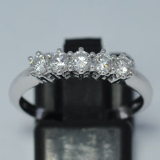 18 kt gold riviera ring with natural diamonds weighing 0.56 ct - size 15 (IT) / 17.6 mm