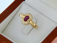 18 kt yellow gold ring with Ruby and Diamonds - Size: 56 - easily adjustable.