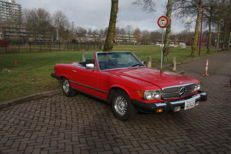 Mercedes Benz - 380 SL descapotable R107 - 1981