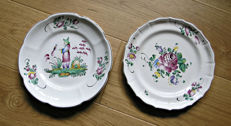 Lot of 2 plates 'Strasbourg, France, marked 'Hannong'