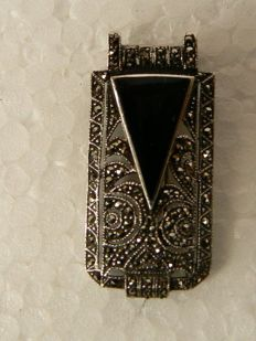 Silver pendant/brooch with onyx and marcasite.
