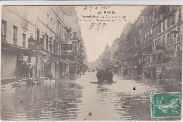 very good lot of 50 old postcards of the Paris floods in ...