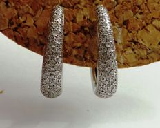 White gold creole pavé set earrings of 18 kt with high quality diamonds 1,60 cts