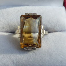 Silver ring with citrine in Art Deco style