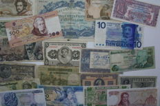 World - 59 notes from countries such as France, Austria, Greece, Italy, Portugal, Netherlands, Luxembourg