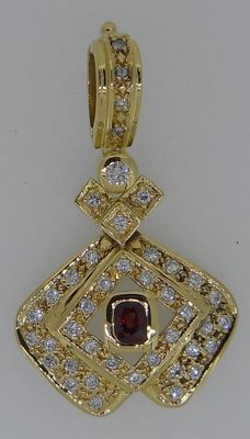 Handmade  18 kt yellow gold pendant set with brilliant cut diamonds 0.68 ct and ruby 0.40 ct,  8.55 g