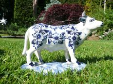 Rare antique faience bull / cow /signed - Fourmaintraux Freres / Devres