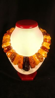 Genuine natural Baltic Amber necklace, length 46 cm, 118 gr.