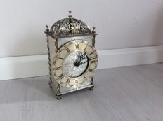 Silver-coloured German pendulum, well-functioning table clock - signed Harmle on the inside - around 1950