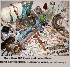 Large collection of jewelry and other collectables - more than 200 pieces.