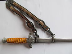 Army officer's dagger with luxury hanger