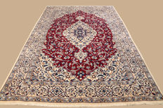 Hand-knotted Persian carpet, Nain, approx. 305 x 200 cm