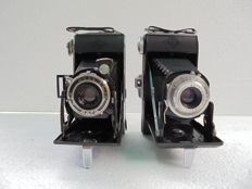 A lot of 2 bellows cameras, an Agfa Billy 1 and an Agfa Billy record.
